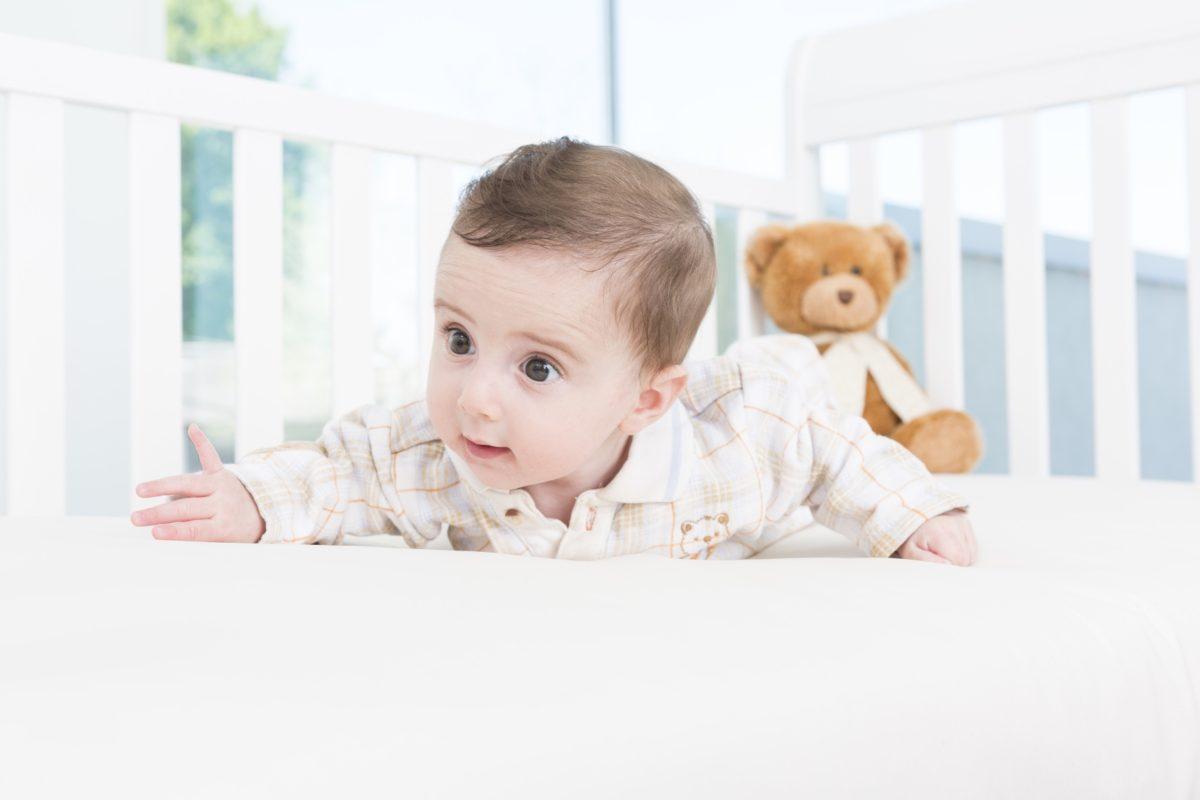 Milyen a jó matrac egy kisbabának?